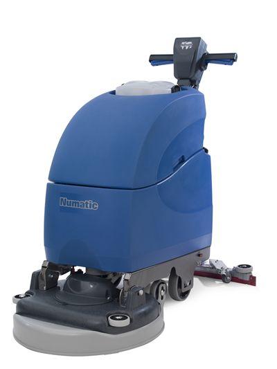 Maszyna czyszcząca z trakcją TTB 4055 T
